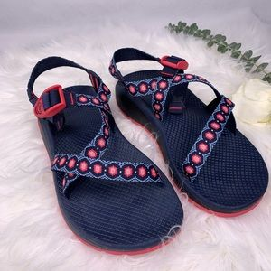Chaco sandals size W9.🌺🌺🌺🌺
